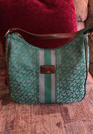 Tommy Hilfiger hand bag for Sale in Orlovista, FL