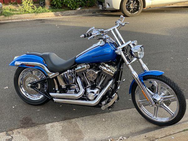 Harley softail- duece