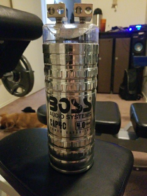 Boss 4 0 farad capacitor for Sale in Austin, TX - OfferUp