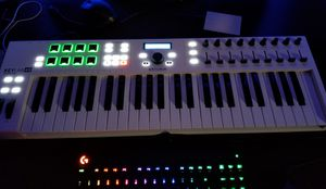 Arturia Keylab 49 Essential (USB Midi Keyboard) for Sale in Youngstown, OH