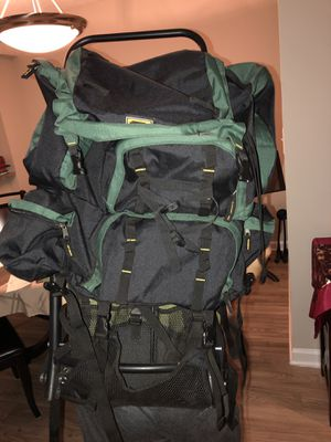 Mountainsmith backpack with aluminum frame for Sale in Chapel Hill, NC