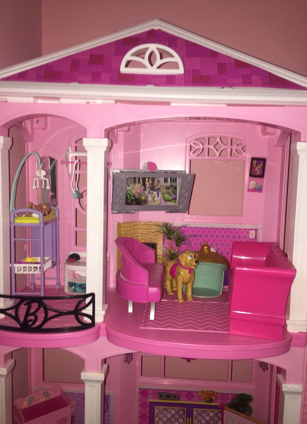 Barbie Dream House With Tons Of Furniture And A Barbie Rock Roll Stage