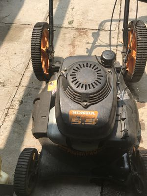 Honda mower for Sale in Lewisville, TX