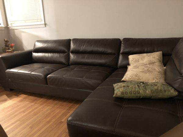 Sectional Sofa Brown Rooms to Go for Sale in Charlotte, NC - OfferUp