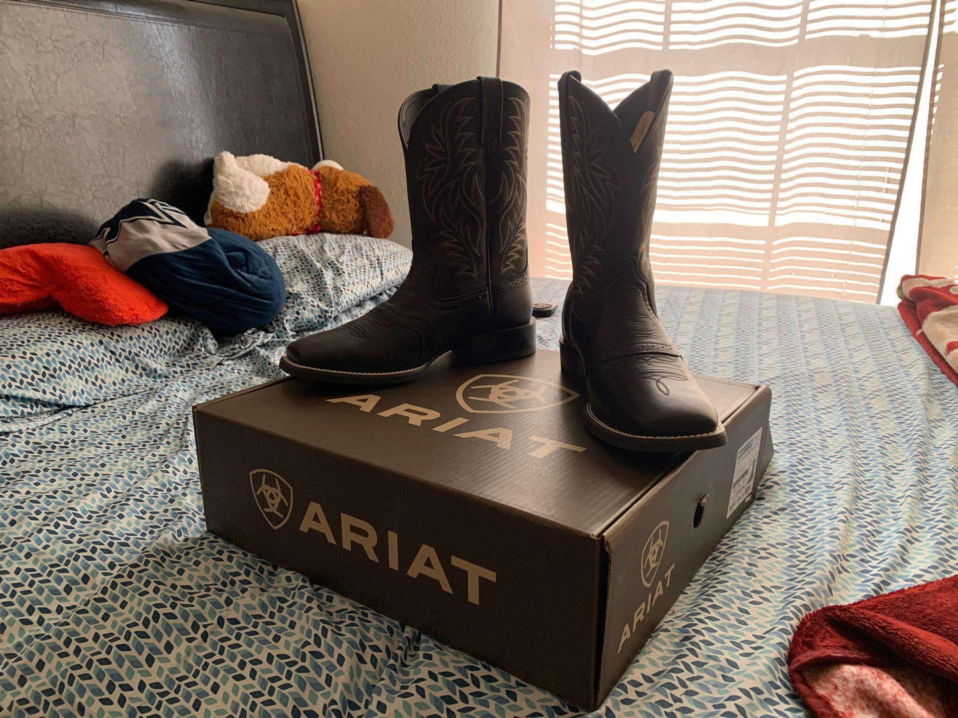 ARIAT Mens Boots 10.5