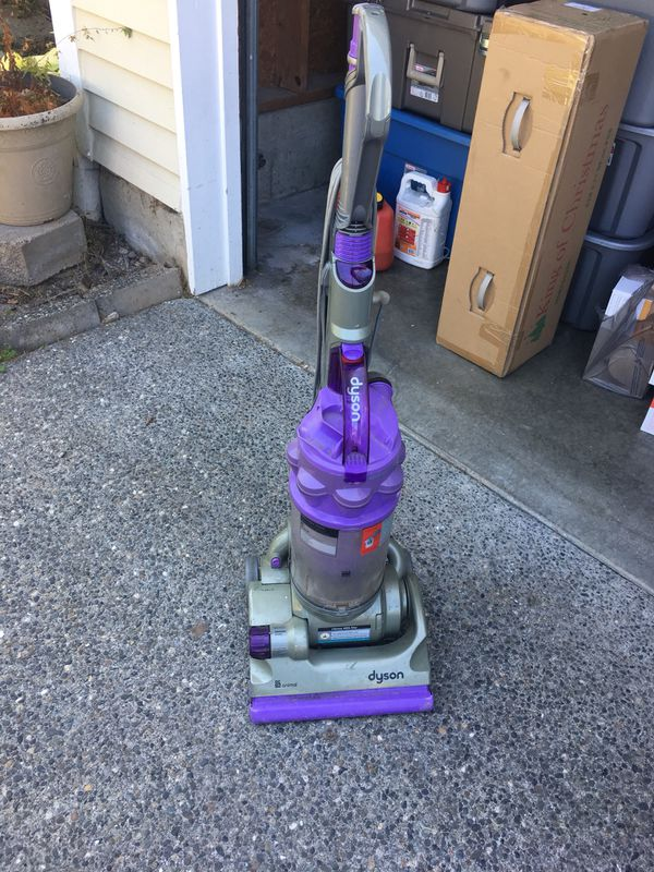 d4d90866fde Dyson dc14 animal vacuum. for Sale in Algona