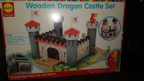 Wooden Teagan Castle Set For Sale In Long Beach Ca Offerup