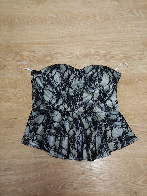 4fb13cd101 Brand new womens juniors Charlotte Russe dressy black lace strapless halter  top with built-in slightly padded push up bra for Sale in New Port Richey