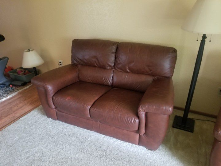 Couch Love Seat Leather No Tears Good Shape