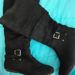 Women's Black Boots  Thumbnail