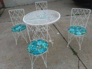 Syd Leach of Alabama Patio Set for sale for Sale in St. Louis, MO