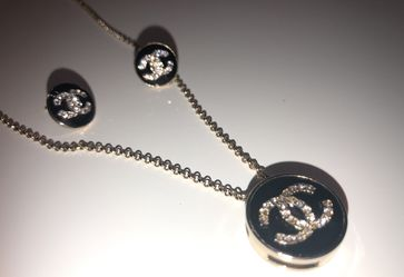 Stainless Steel Necklace & Earings 2pc Set Thumbnail