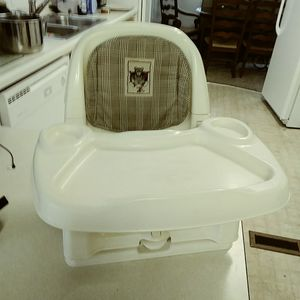 Baby Booster Seat for Sale in Woodinville, WA