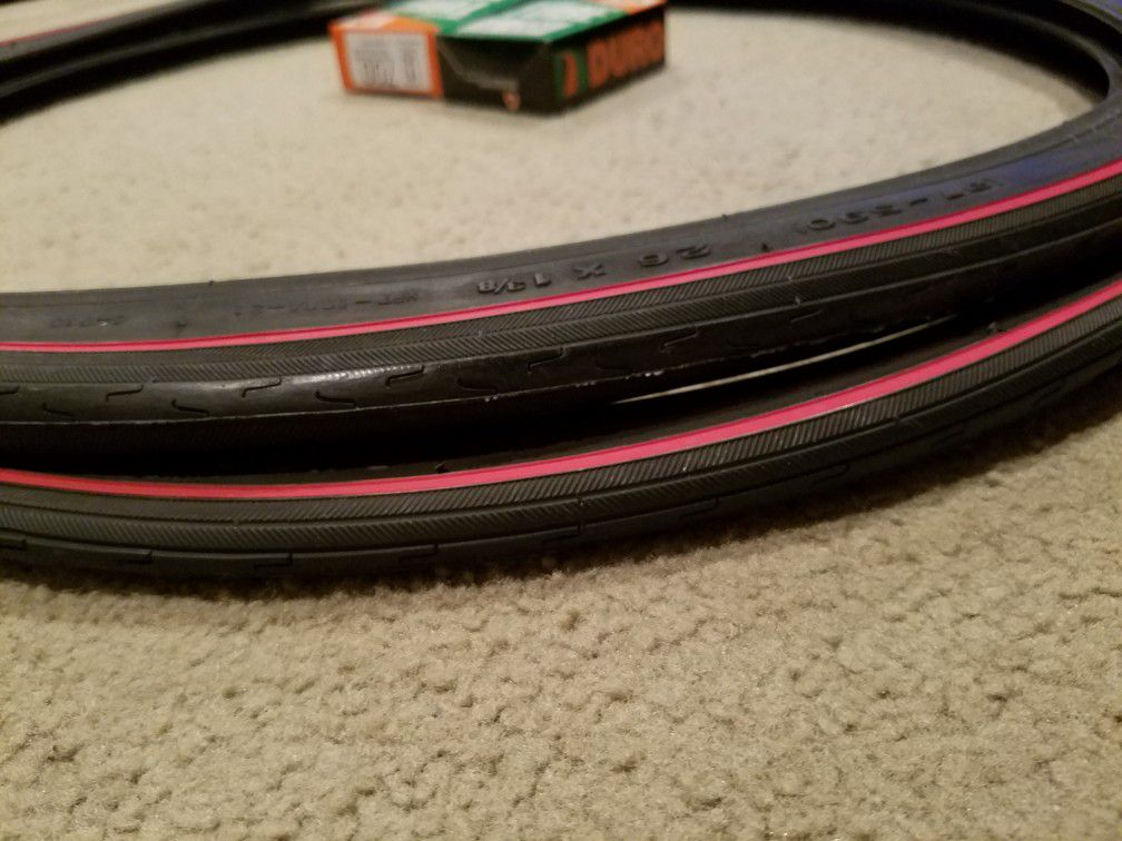 2 NEW DURO 26X1&3/8 (37-590) BICYCLE TIRES DOUBLE RED LINED WITH TUBES