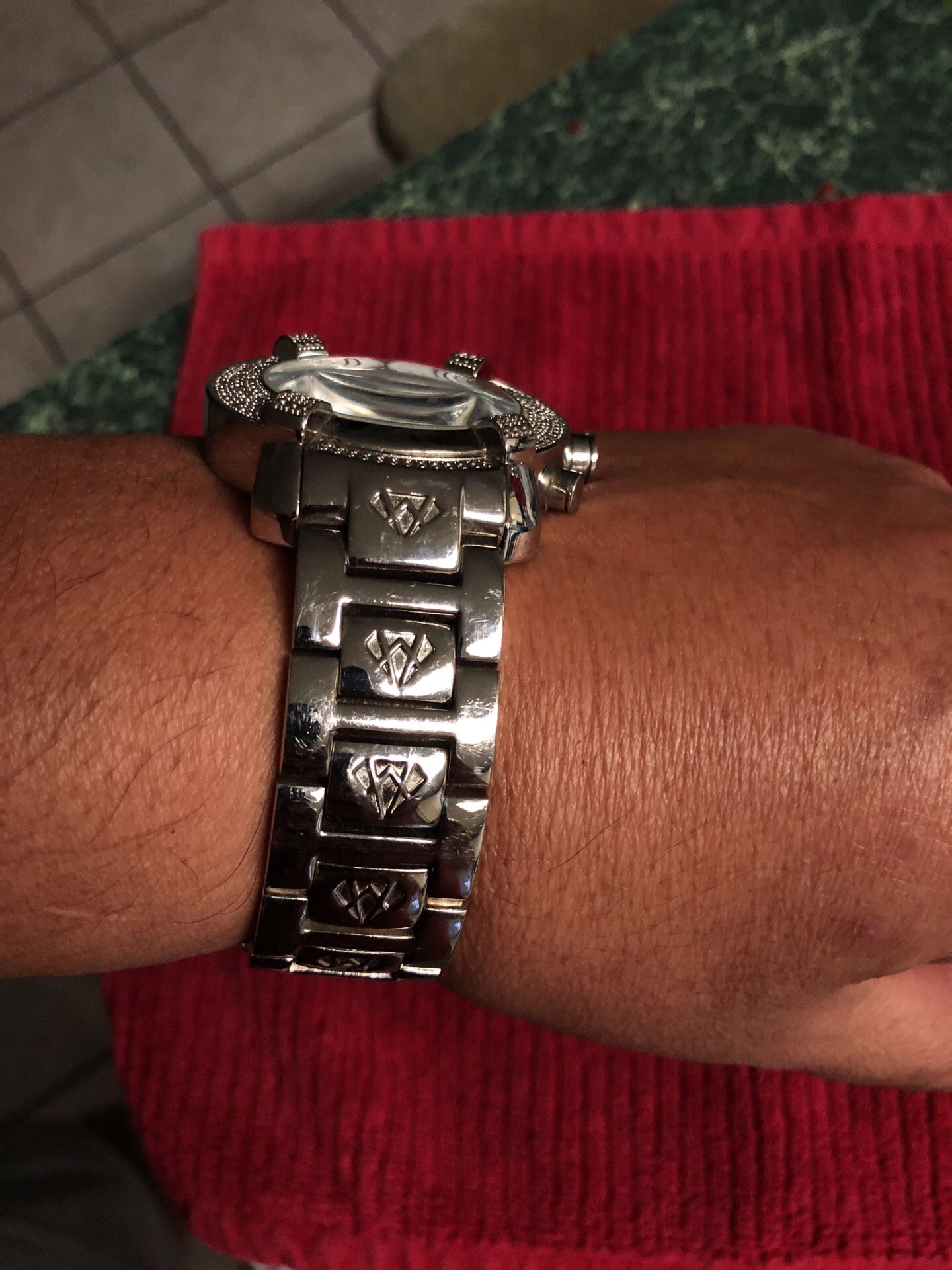 Aqua Master watch in very good condition