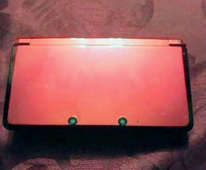 Flame Red Nintendo 3DS (with Charger) for Sale in San Jacinto, CA - OfferUp