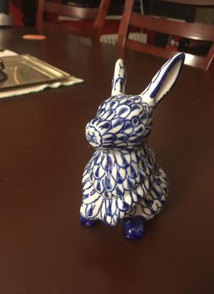 Andrea by Sadek Blue/White Rabbit made in China old antique figurine for Sale in Washington, DC