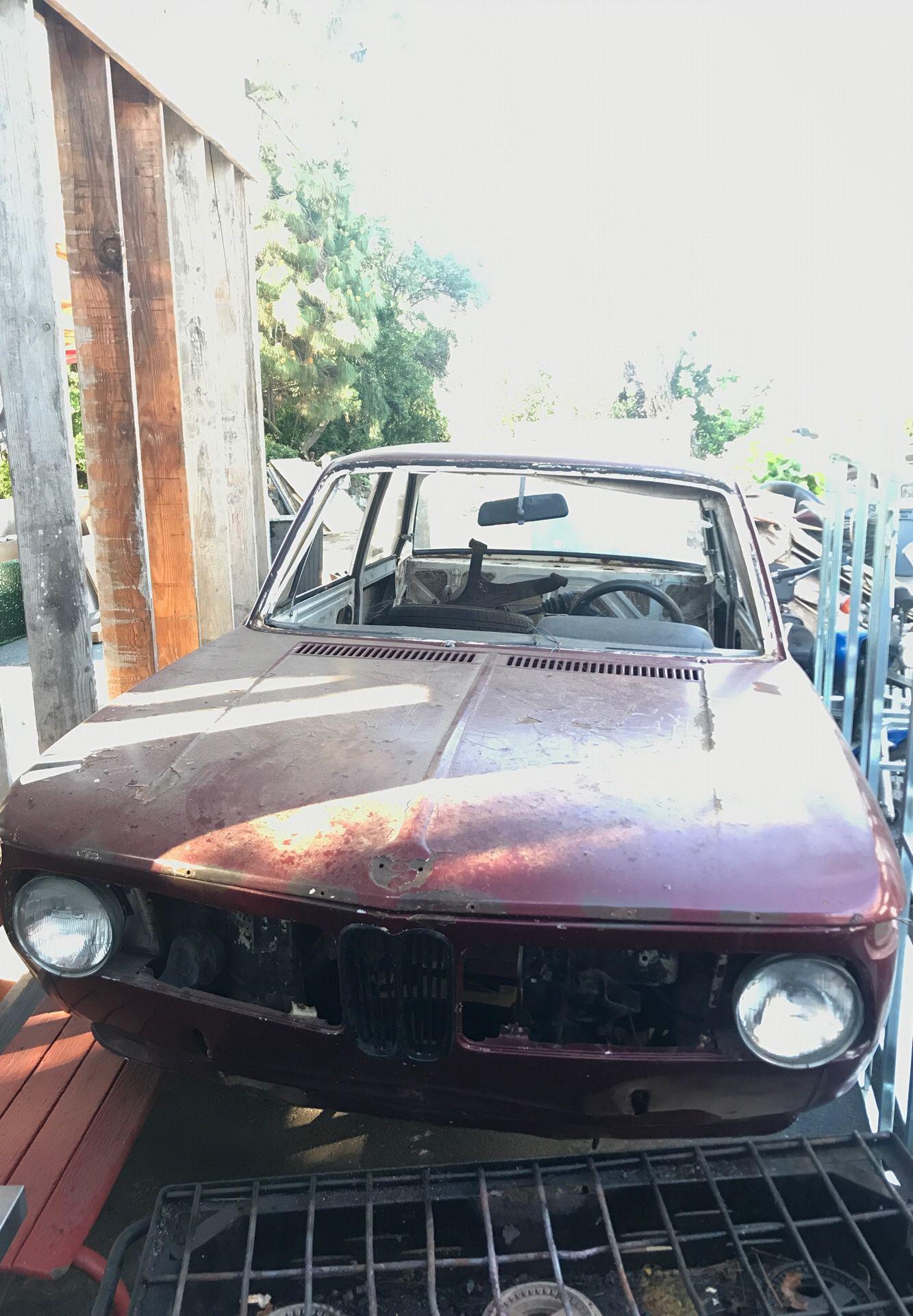 1974 BMW 2002 SHELL