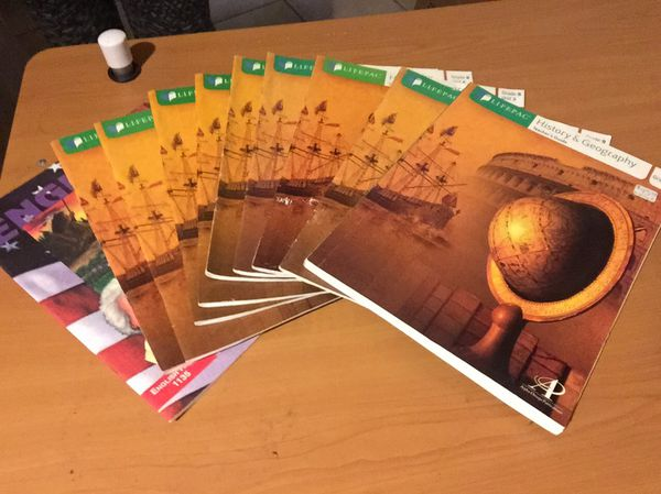 History and Geography Grade 9, Make an offer!!! for Sale in Kaufman, TX -  OfferUp