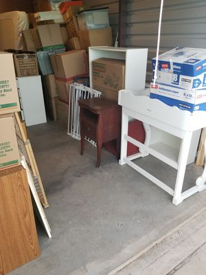 Small Furniture & Miscellaneous Items for Sale in Leesburg, VA