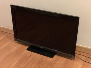 Sony TV - Works Fine - 35 Inch Display for Sale in Alexandria, VA
