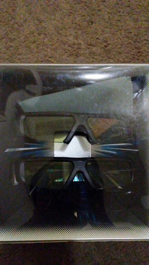 3D glasses rarely used like new for Sale in Santa Monica, CA