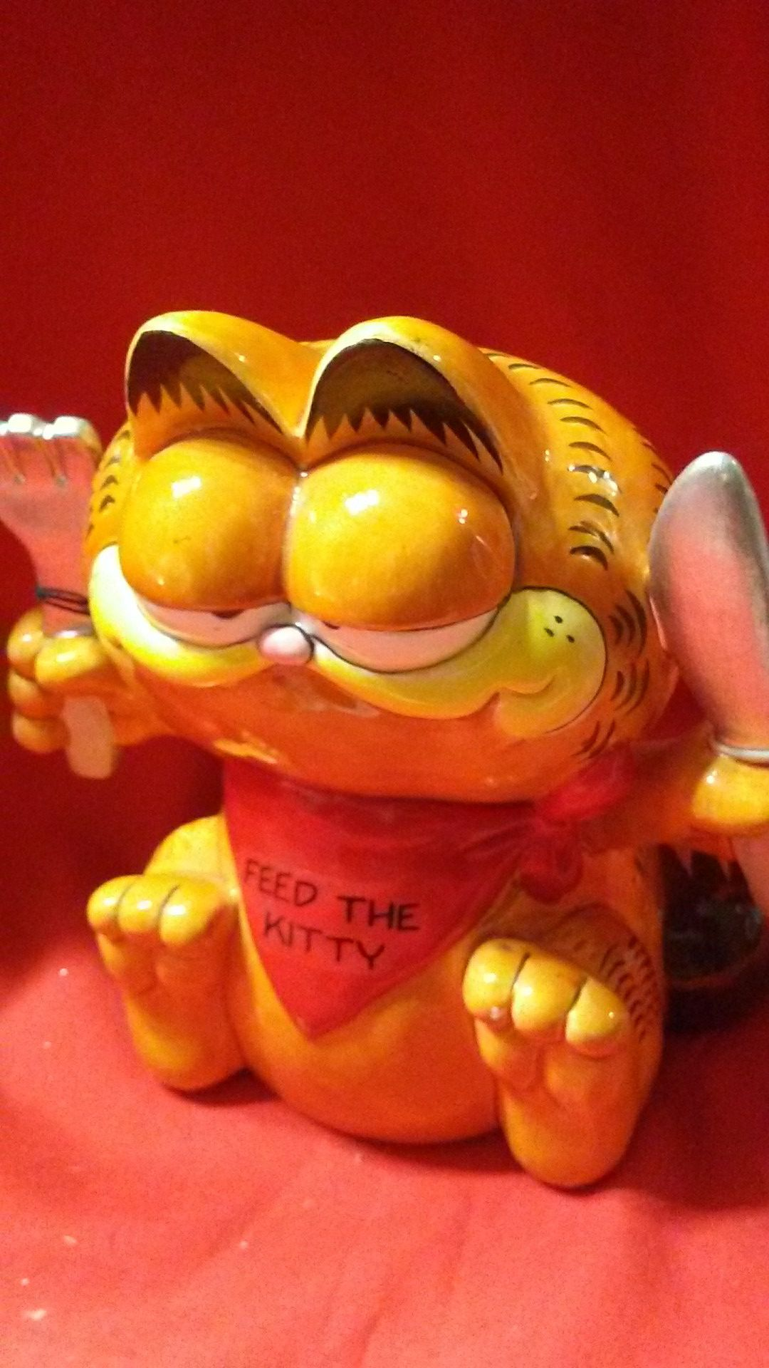 Garfield Feed The Kitty Bank, New with tag