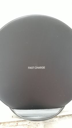 Samsung wireless charger Thumbnail