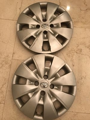 Photo Toyota 15 inch rims set of.2 for any rim that size