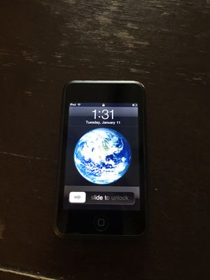 32GB gen 1 iPod touch. Make me an offer, used for sale  Goddard, KS