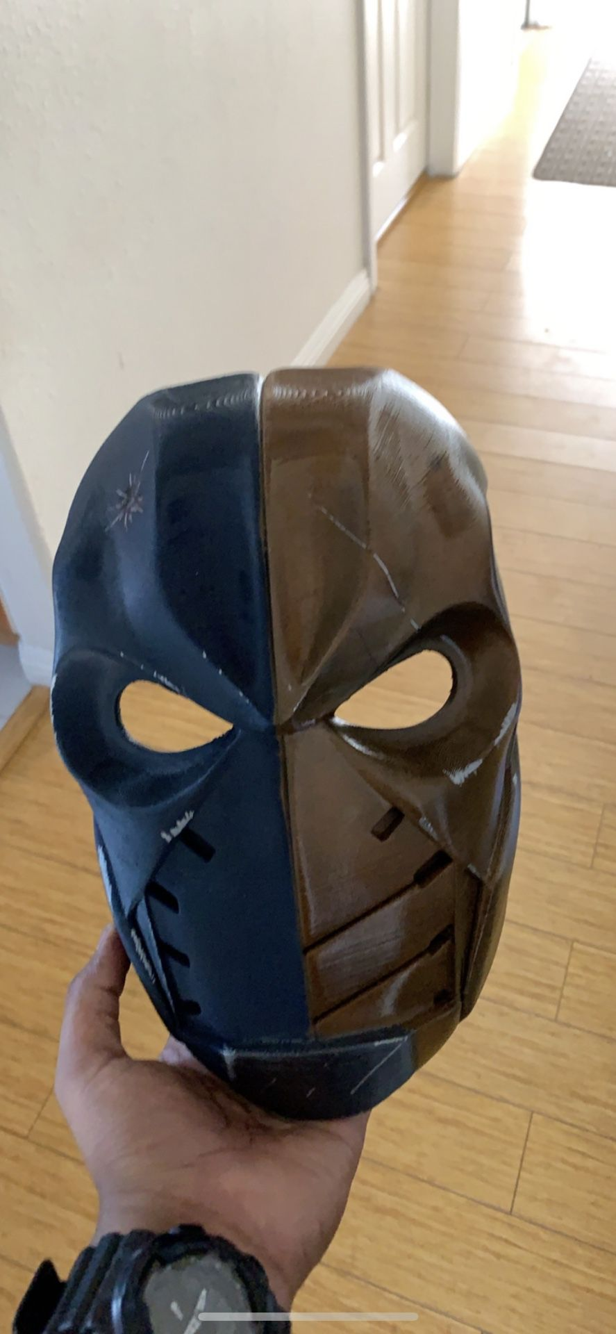 Deathstroke Titans mask