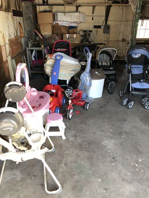 Baby Free for Sale in New Britain, CT