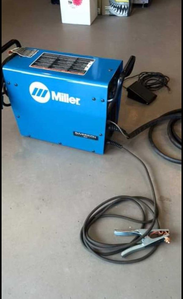 Miller Welder 180 diversion for Sale in Santee, CA - OfferUp