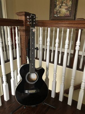 Spencer guitar gently used for Sale in Charlottesville, VA