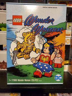 DC Comics Wonder Woman Lego 77906 225pc set Special Limited Edition Thumbnail