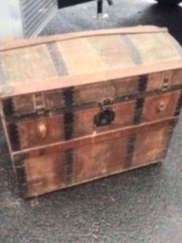 Antique Camel Back Steamer Trunk Chest For Sale In Wellsville Pa