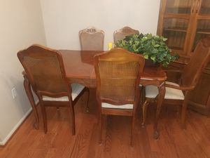 Beautiful Dining Table and Chairs for Sale in Burke, VA