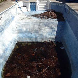 Swimming pool liner for Sale in Rio Grande, NJ