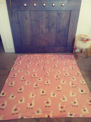 Pink llama toddler play mat for Sale in Downers Grove, IL