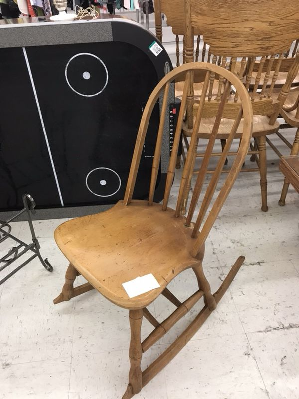 - Small Antique Rocking Chair (Antiques) In Tacoma, WA - OfferUp