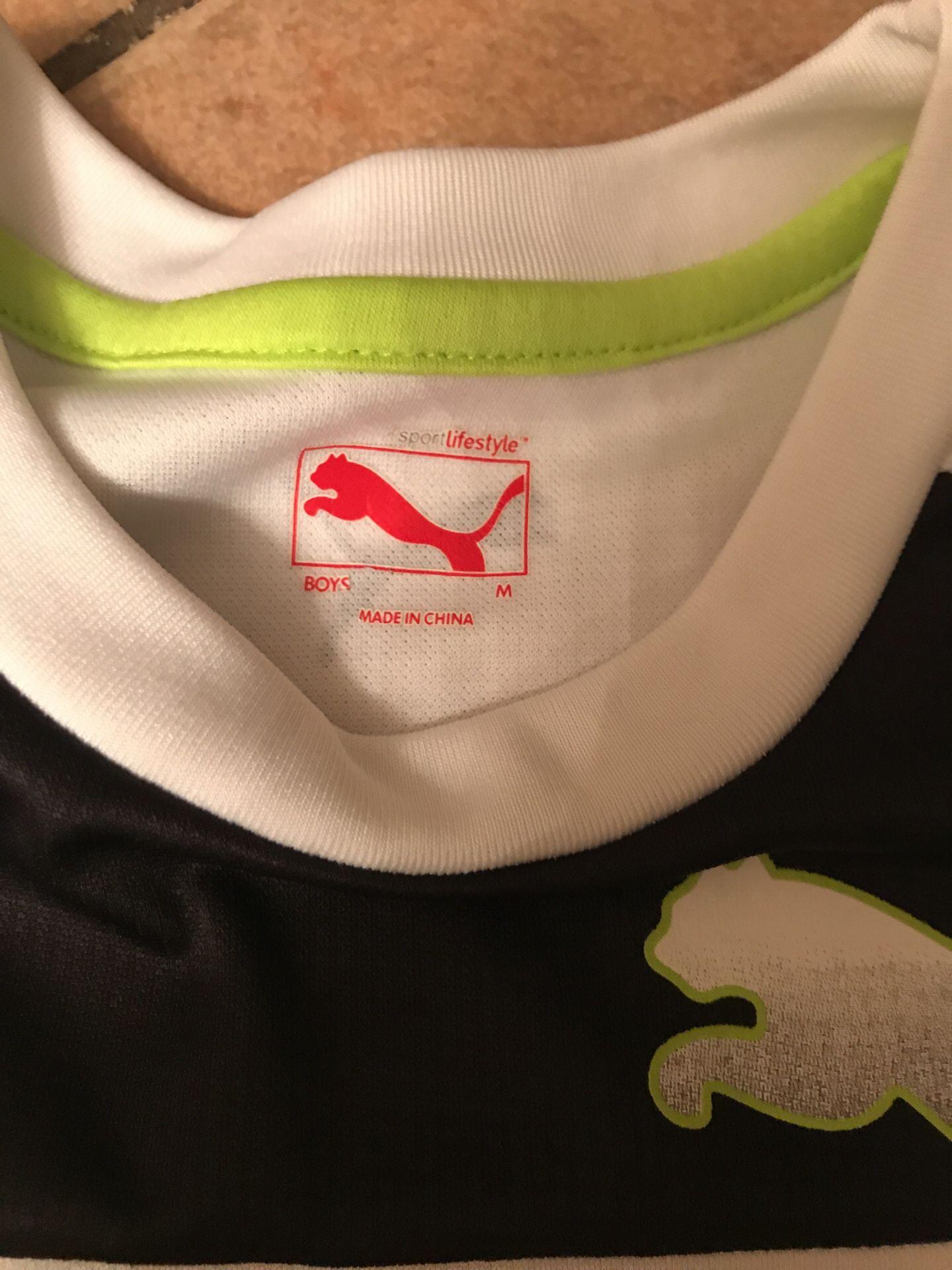 Camiseta para jovencito