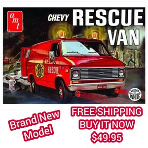 Photo AMT 1:25 SCALE 80's CHEVY RESCUE VAN MODEL - BRAND NEW ( not sealed ) LAST ONE