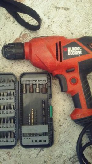 Black & decker drill with bits for Sale in Kissimmee, FL