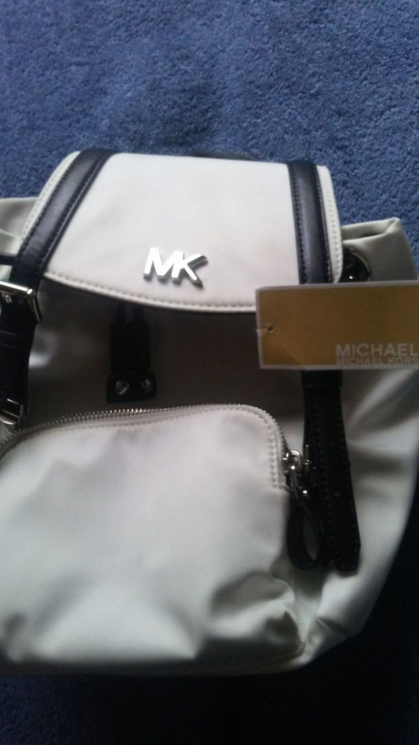 386dae1a15f8 New and Used Michael kors for Sale in Appleton, WI - OfferUp
