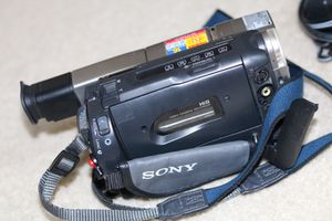 Sony Handycam CCD-TRV68 Hi-8 Analog Camcorder + Case for Sale in Franconia, VA