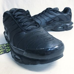 Nike Air Max Plus Triple Black size 12 for Sale in Charlotte, NC