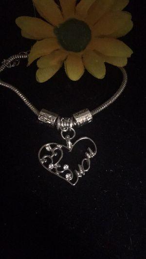 Mom love bracelet. for Sale in Denver, CO