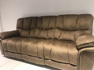 Admirable New And Used Reclining Loveseat For Sale In St Petersburg Dailytribune Chair Design For Home Dailytribuneorg