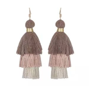 Brown/tan fringe earrings for Sale in Houston, TX