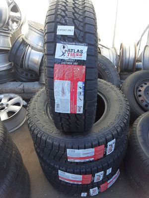 Photo New tires set 235 75 15 Allterrain